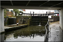 TQ2884 : Lock on Regent's Canal, London by Peter Trimming