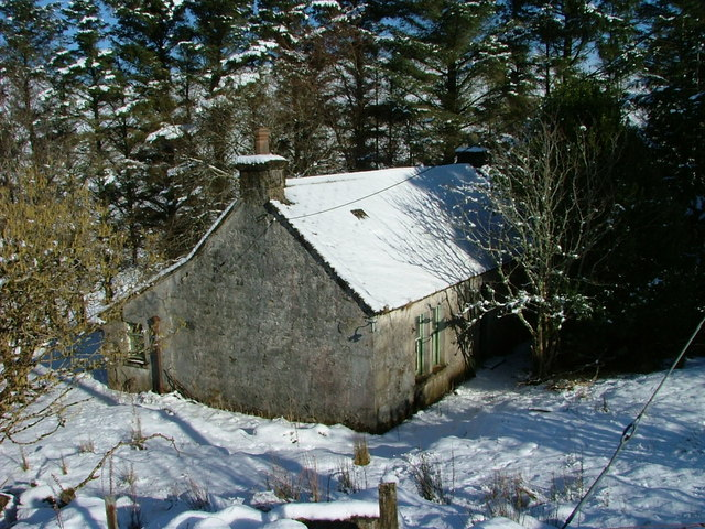 Derelict croft house at Balnaknock