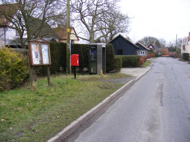 Notice Board,Telephone Box & Mill Hill Postbox on Scott's Hill                Hill