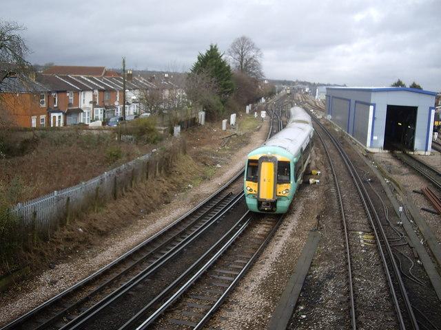 Rail tracks north of Northam Road bridge