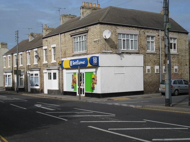 The corner Co-op