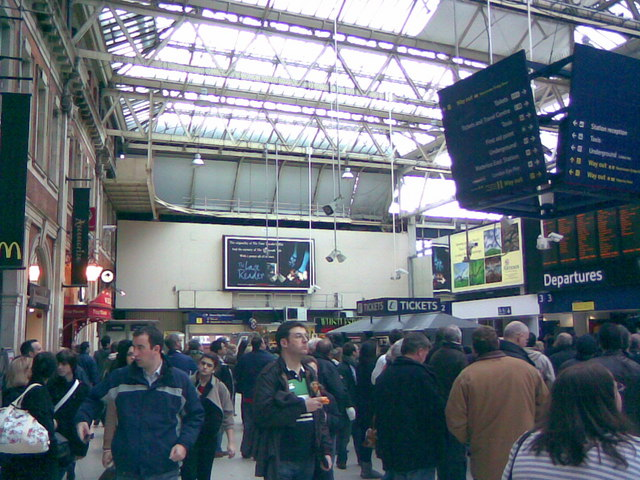 Waterloo Station concourse #1