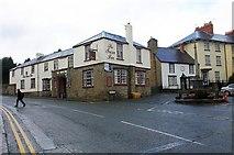 SO2956 : The Swan Inn by Bob Embleton