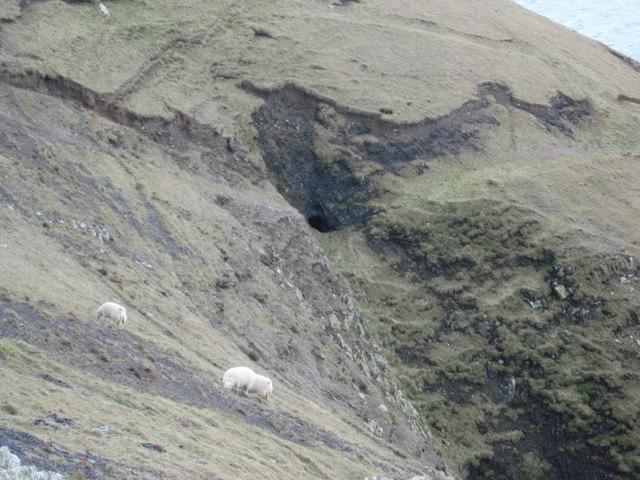Manganese mine on Trwyn y Fulfran