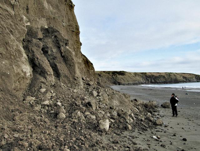 Eroding cliffs, Aberdaron (1)