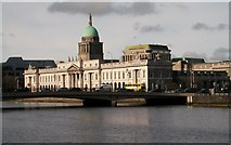 O1634 : The Custom House and Matt Talbot Memorial Bridge from City Quay by Eric Jones