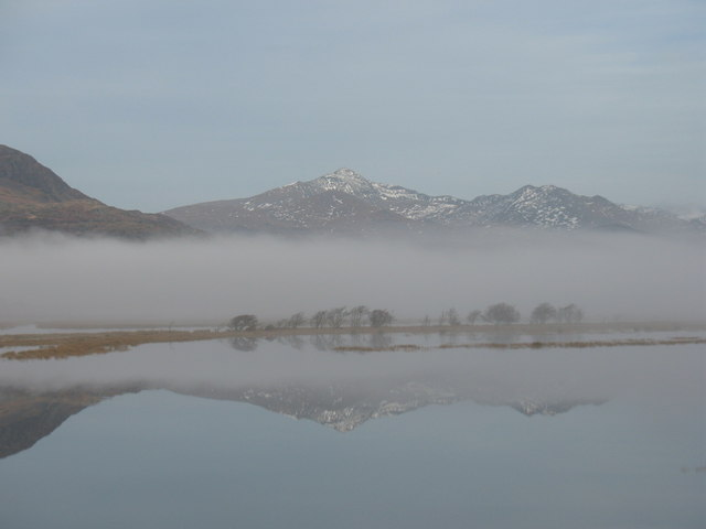 View across Afon Glaslyn from the Cob