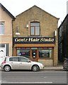 SE1930 : Gentz Hair Studio - Tong Street by Betty Longbottom