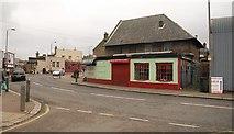 TQ2672 : Summerstown by Derek Harper
