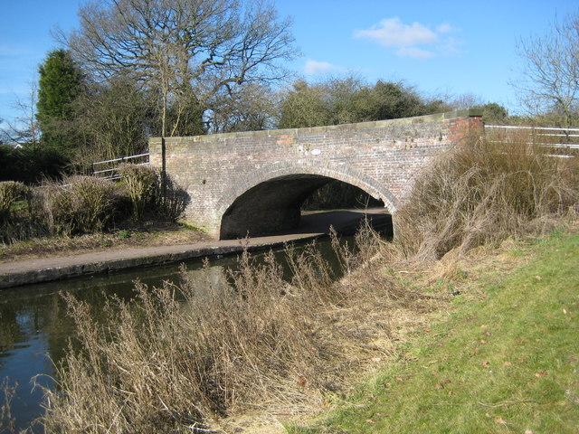 Trent and Mersey bridge 105