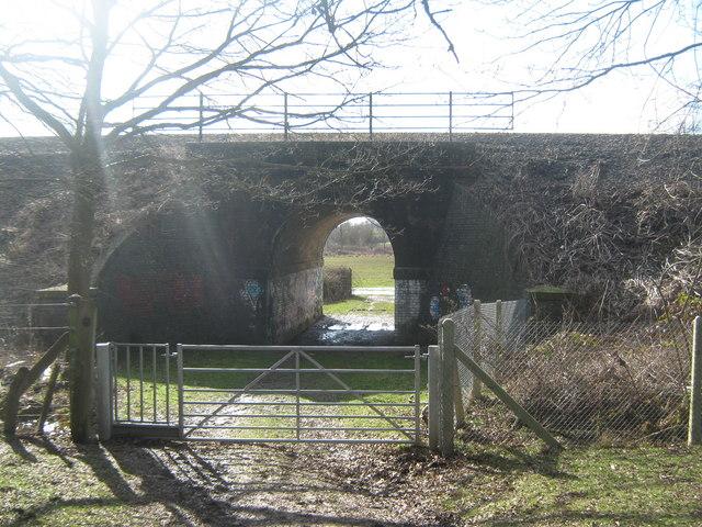 Railway bridge over the long distance paths