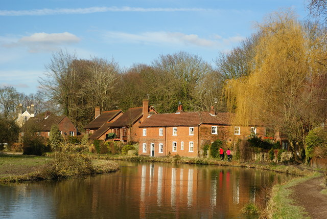 Cottages Beside the Itchen Navigation, Winchester