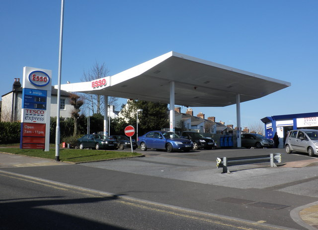 Esso Petrol Station Fore Street 169 Roger Cornfoot