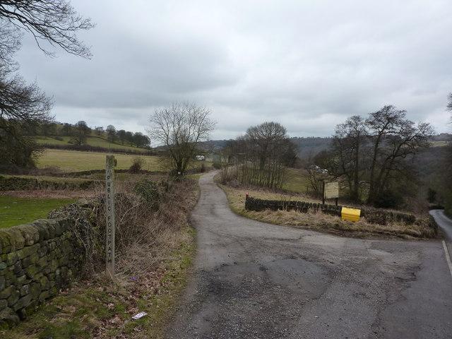Footpath on a lane to Hankin Farm