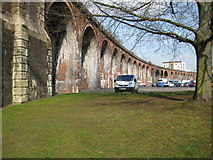 SO8455 : Railway viaduct in Worcester by Philip Halling