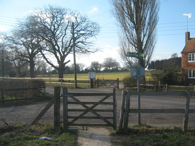 The High Weald Landscape Trail turns at Smallhythe Road