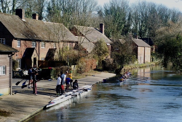 Rowers on the Itchen Navigation, Winchester
