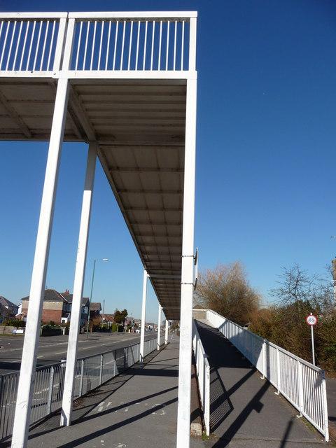 Bournemouth : Boundary Road Foot Bridge