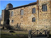 TL9925 : Colchester Castle by Lewis Potter