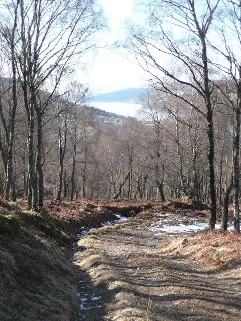 Descending towards Loch Tummel