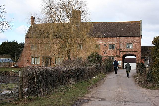 Castle Farm, Raglan