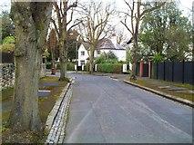 J3370 : Broomhill Park Central, Belfast by Dean Molyneaux
