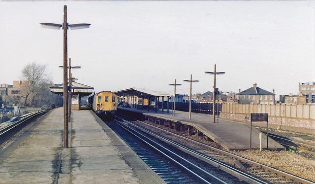 Balham Main Line Station, 1982