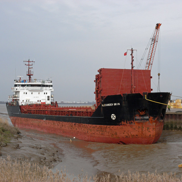 """""""Alexander Grin"""" at Old Ferry Wharf, Barrow Haven"""