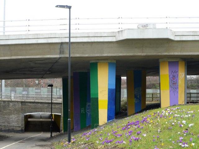 Bridge and subway below Great North Road