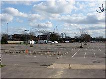 TQ1070 : Kempton Park by Alan Hunt