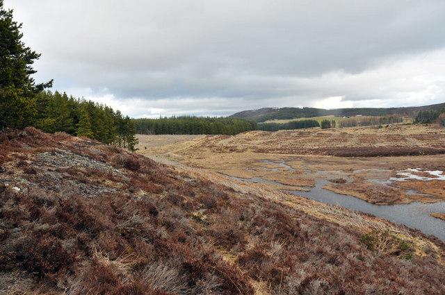 Rocky outcrop above Loch Creag an t-Seilich