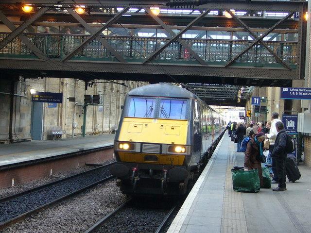 Train arriving at Waverley Station