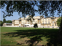 TQ2879 : Rear of Buckingham Palace by Andrew Abbott