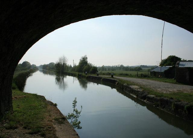 Grand Canal at Rhode Bridge