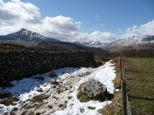 Snowy remnant above Capel Curig