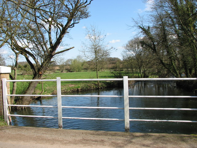 The River Yare below Marlingford Mill