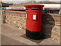 SY6891 : Dorchester: postbox № DT1 210, Miller's Close by Chris Downer