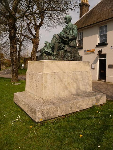 Dorchester: Thomas Hardy statue