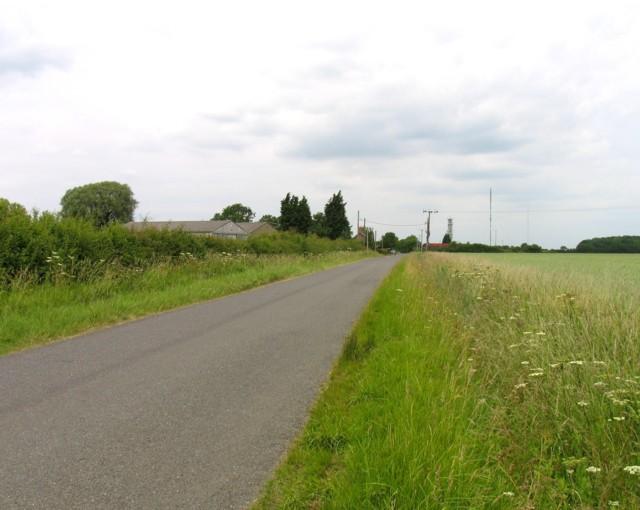 Bullock road northwards past Ongutein Manor Farm