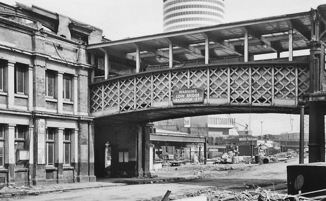 Birmingham New Street Station under reconstruction: Queens Drive