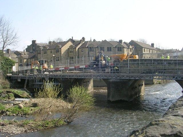 Repair work on Ireland Street Bridge - Harden Road