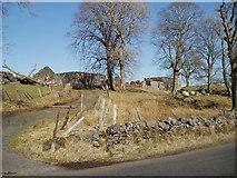 NS3262 : Ruined Farm buildings by Gordon Dowie