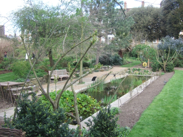 Chelsea Physic Garden, Fortune's Tank... © David Smith cc-by-sa ...