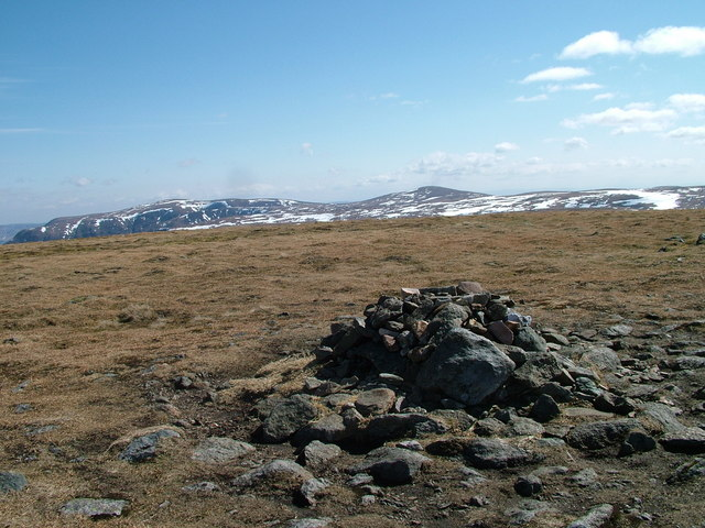 Summit of Tom Buidhe