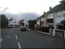 NS7061 : Lincoln Avenue, Tannochside by Stephen Sweeney
