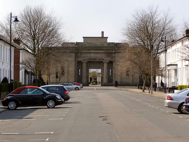 Vernon Gate on South Street