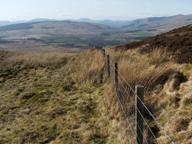 Fence on slopes of Ben Bowie