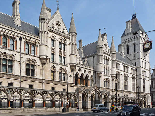 the royal courts of justice  u00a9 john allan    geograph
