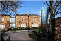 SP4641 : Grimsbury Manor by Des Blenkinsopp