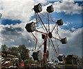 TQ3105 : Funfair ride - The Level by Paul Gillett